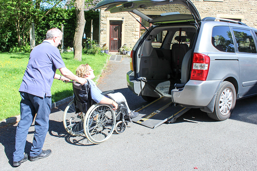 Rought-Lee-Care-Home-day-trips